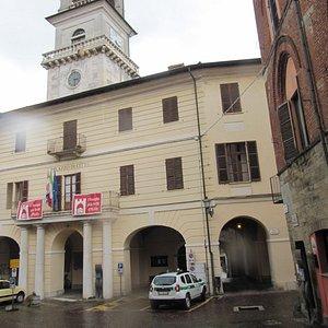 l'edificio del municipio