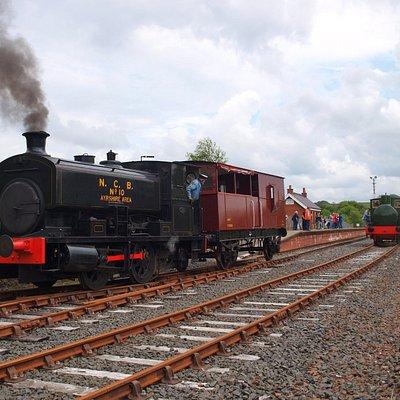 NCB No. 10 with the brakevan at Dunaskin (left). Fireless loco (right)