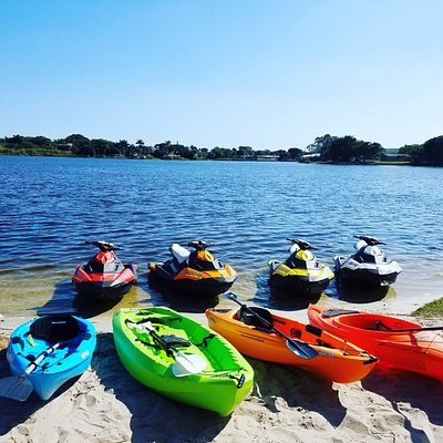 We offer the best experience in Jet Ski, Kayak, and Paddleboard rentals and tours.