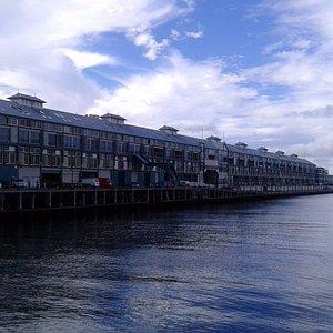Woolloomoolooo wharf