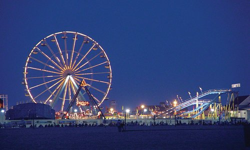 Ferris Wheel at the Jolly Roger At The Pier