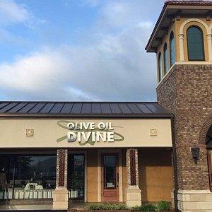 Olive Oil Divine store front in Johnson City, TN.