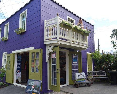 Beautiful Shop in Baie-Saint-Paul