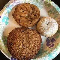 Oatmeal cookie, Peanut butter cooker, and Raspberry pastry