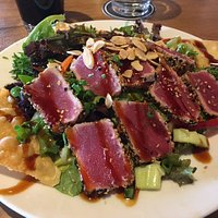 Sesame Crusted Tuna Salad