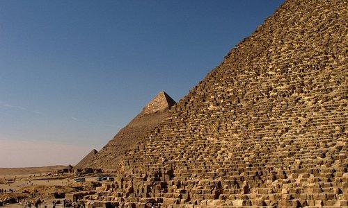alle drei Pyramiden haben gleichen Winkel