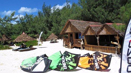 Notre centre de Kitesurf Baie de Sakalava