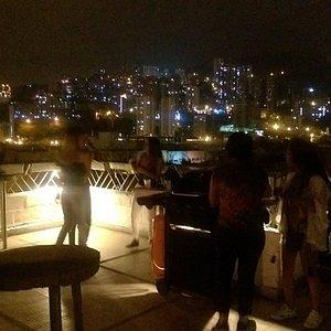 BBQ en la terraza los jueves de zona libre