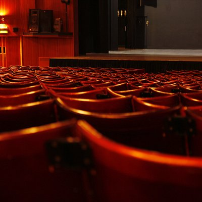 We are ready for you to take your seats!