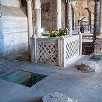 Cimitile-complesso paleocristiano-Basilica di S.Felice-sepolcro originario