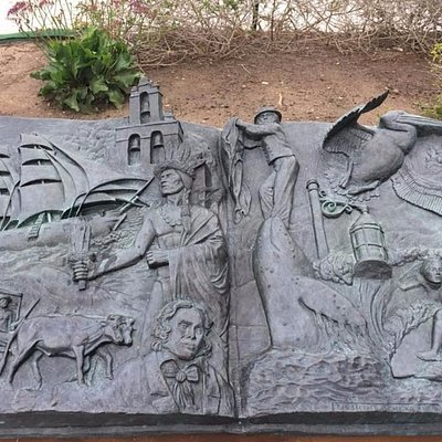 Sculpture at Doris Walker Overlook, Dana Point, CA