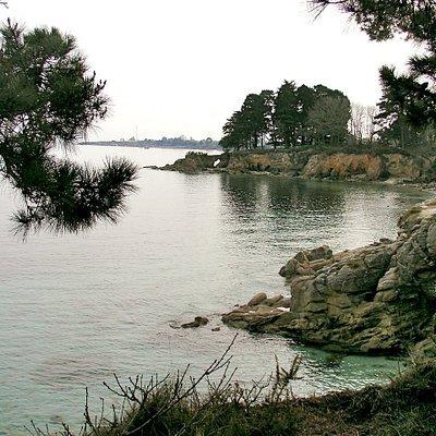 Cap-Coz est une plage magnifique, au fond de la baie de Concarneau : protégée des vents dominant