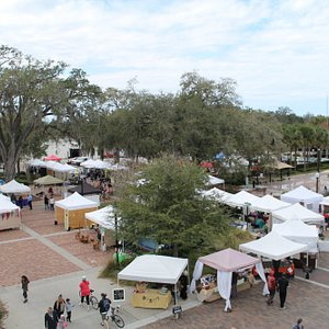 Largest Farmer's Market in Florida