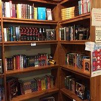 lots o books