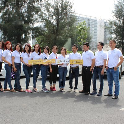 Ezbook officer and driver team