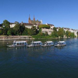 4 Rhytaxi auf dem Rhein in Basel Brunch, Morgenessen, Lunch, Dinner, Shuttle Fahrten,
