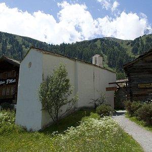 Chapel in the hamlet called Zmutt - © Kurt Müller