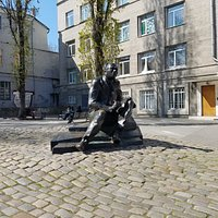 Monument to Isaac Babel