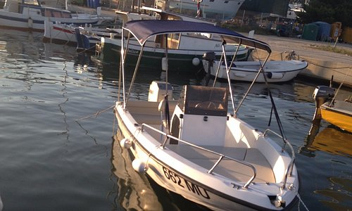 Fisher ; Mariner 75 HP, 6 persons