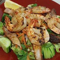 Pepper prawn salad