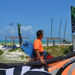Havana kiteboarding school in Sercotel Club Cayo Guillermo Hotel
