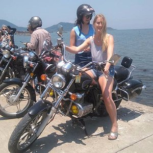 self riders & Tours guide