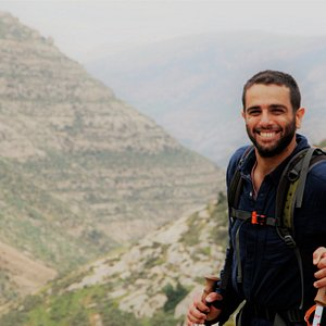 Hiking threw the amazing & interesting landscape in the center mountains ridge of israel