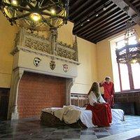 Grande salle et partie de théatre d'histoire