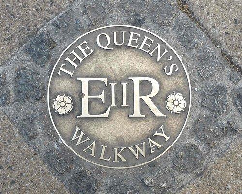 Waymarker for the Queen's Walkway