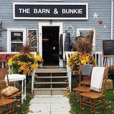 The Barn and Bunkie