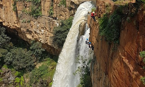 abseiling from the distance