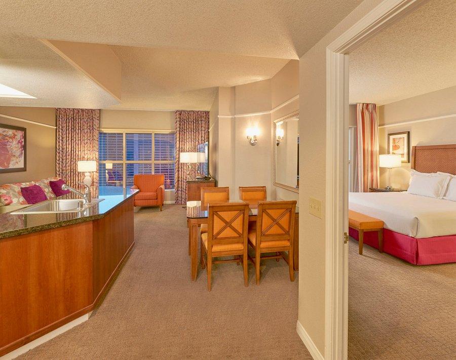 hilton grand vacations at the flamingo 102 1 7 1 updated 2020 prices hotel reviews las vegas nv tripadvisor hilton grand vacations at the flamingo