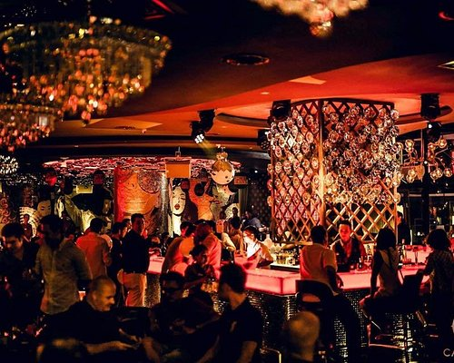 Special Drinks, Quality Music, Fusion Food, Champagne Bar, Art Deco, Luxury Lifestyle
