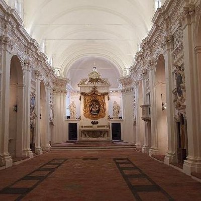 Navata e Altare Maggiore