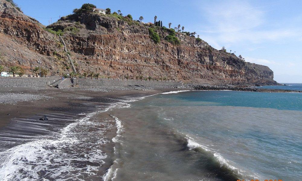 Playa de La Cueva, март 2017 года...