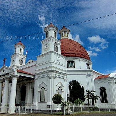 Cantiknya Gereja Blendug