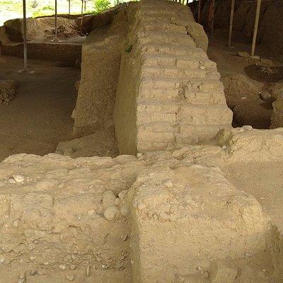 Escavações da cidada inca enterrada