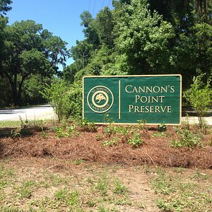 Entrance sign to Cannon's Point Preserve