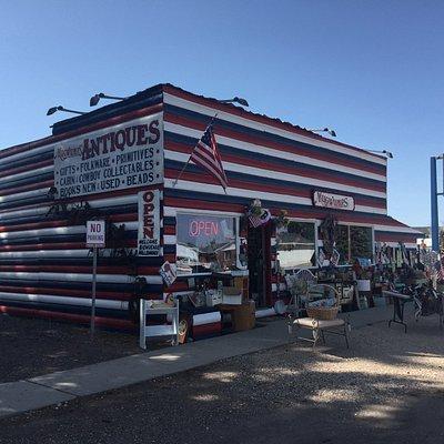 Mugwump's antique shop