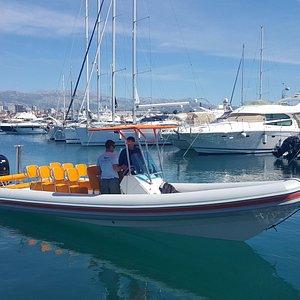 Sea Taxi Split picking us up in Split