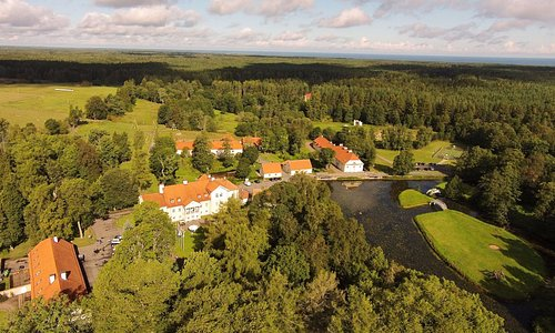 Vihula Manor Country Club & Spa, in the Lahemaa National Park, 4 km from the Baltic Sea coast.