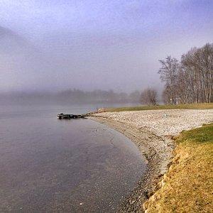 Årneset badestrand - flott sandstrand ved Rotevatnet