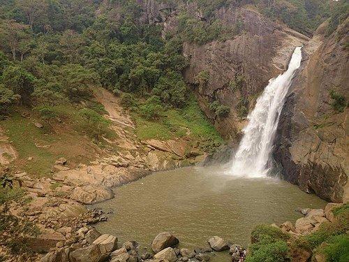 dunhinda water fall. Badulla sri lanka