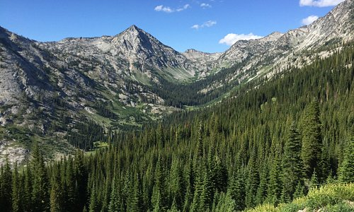 Great views on our Lookingglass Lake Hike!