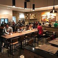 Super lugar!!! Ya nos hacia falta un restaurante de Pizzas de tan buen sabor y excelente calidad