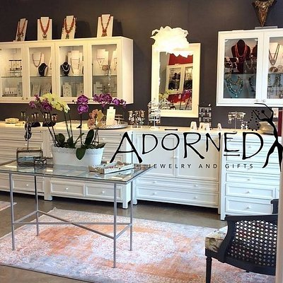 Adorned - a friendly atmosphere for choosing gits and jewelry.