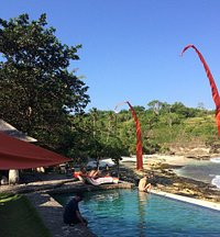 Trevelly villa pool area