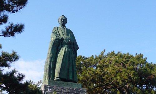 坂本龍馬銅像