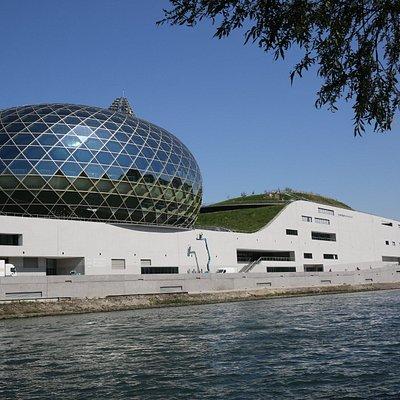 Boulogne-Billancourt - LA SEINE MUSICALE depuis la rive Ouest.