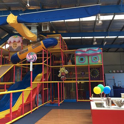 Lollipops play centre and cafe